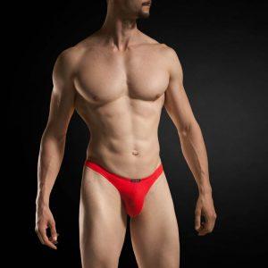 roter String für Männer